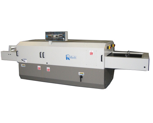 Apparel Machinery Mail: Apparel Machinery For Fusing